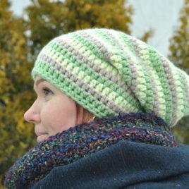 Triibuline müts